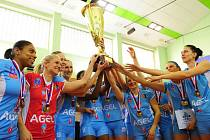 Volejbalistky Prostějov slaví v Praze zisk sedmého titulu v řadě