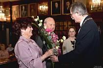 Kamennou svatbu oslavil se svou ženou Naďou Otokar Hořínek, který vystřílel v roce 1956 na olympiádě v Melbourne pro Československo stříbrnou medaili
