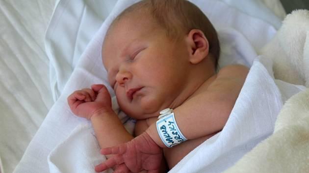Jakub Hamerský, Prostějov, narozen 4. července v Prostějově, míra 50 cm, váha 3250 g