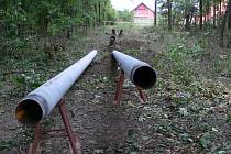 Podél řeky budou kopat plynaři