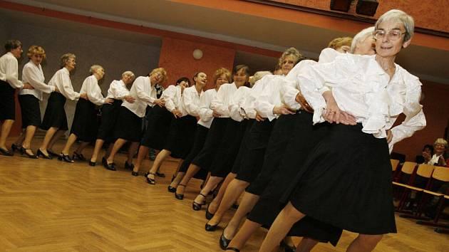 Seniorů na Prostějovsku přibývá.