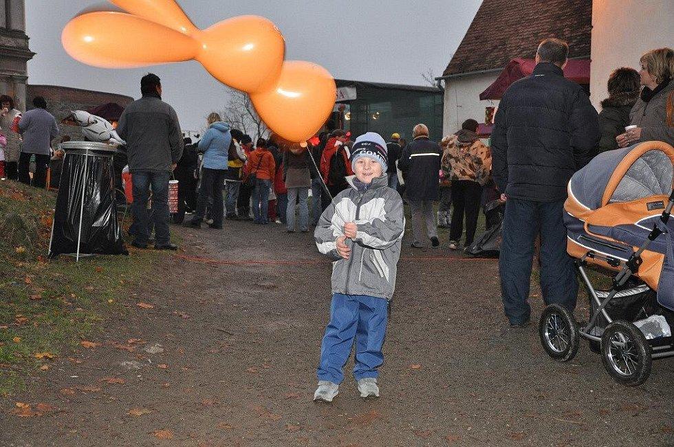 Třetí ročník Martinské husy na plumlovském zámku přilákal davy návštěvníků