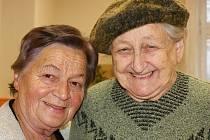 Den otevřených dveří v Dětském domově v Plumlově  - 15. listopadu 2019 - Bývalé vychovatelky - Marie Rozehnalová vlevo, Ludmila Křenková