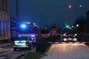 HOŘELA SBĚRNA. Dřevěné skladiště prostějovského Místního nádraží zachvátily v sobotu odpoledne plameny.