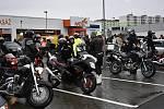 Motorkáři z regionu se již posedmé vydali na Vánoční vyjížďku Prostějovem.