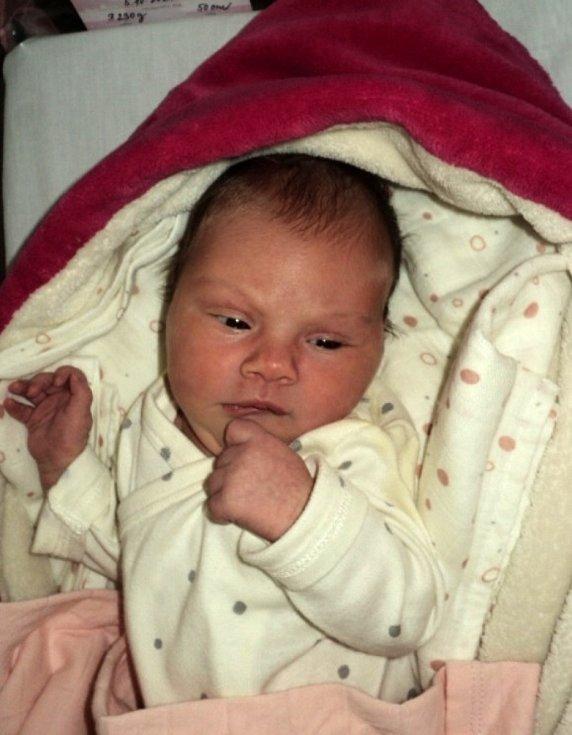 Valérie Nováková, Hranice, narozena 5. října 2020, míra 50 cm, váha 3230 g
