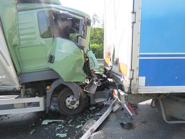 Nehody na D46 u Prostějova zablokovaly 7. června dálnici