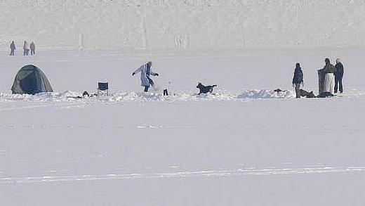 Bivakování na sněhu a ledu. Ilustrační foto