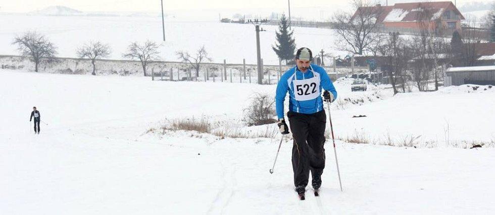 V Otaslavicích závodili lyžaři O metařskou běžku.