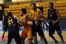 Orli si nedokázali poradit s opavskými basketbalisty.