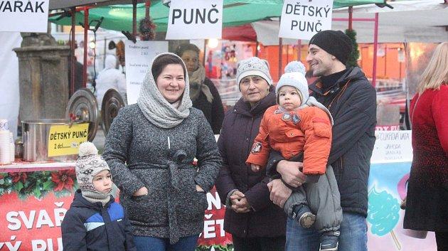Vánoční trhy na Masarykově náměstí v Konici