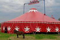 Cirkus Rudolf Berousek.