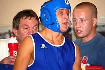 Trenér boxerů Prostějova Pavel Duda (vpravo).