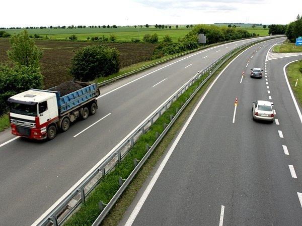 Silnice R46