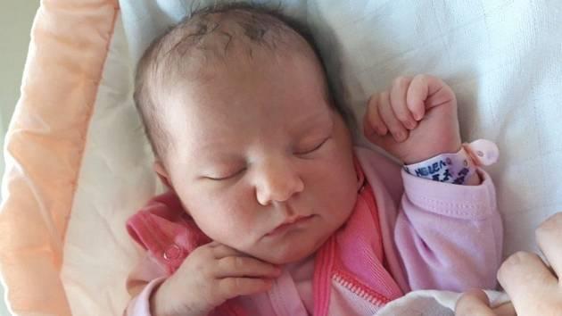 Helena Kučmerčíková, Kobylá nad Vidnavkou, narozena 3. května 2021, míra 52 cm, váha 3685 g