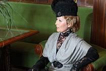 Vystoupení divadelního spolku Historia zpestřilo oslavy 100 let prostějovské radnice