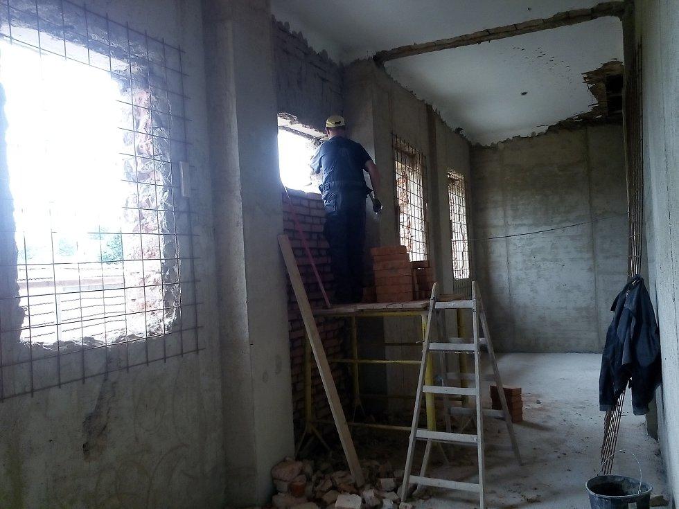 Rekonstrukce kláštera Boromejek v Určicích