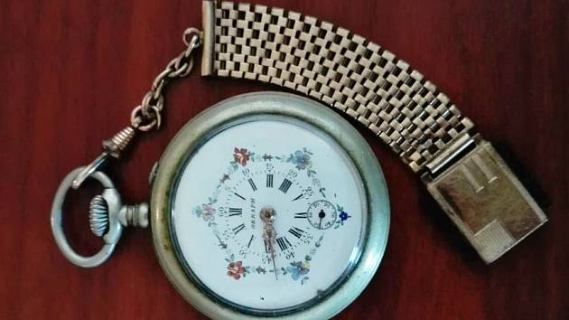 Kdo nesnil o hodinkách s vodotryskem?