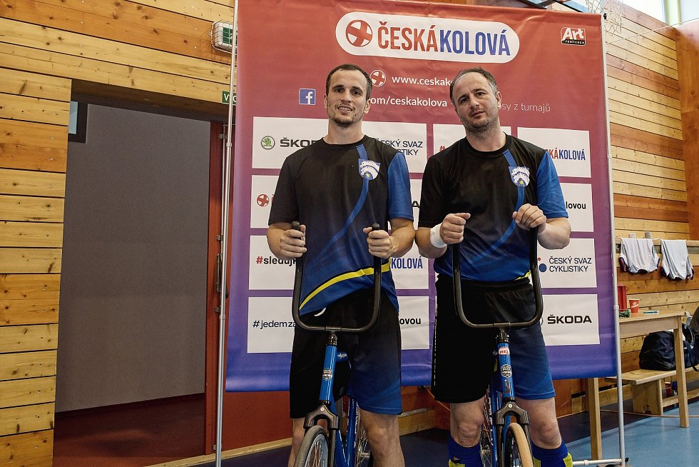 ŠKODA Extraliga v Nezamyslicích. Petr a Martin Přikrylovi (v černomodrém).