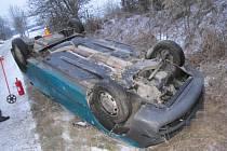 Nehoda fabie mezi Kobeřicemi a Brodkem u Prostějova