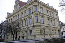V tomto domě na Pernštýnském náměsti měl svoji zubařskou ordinaci tatínek Edvarda Valenty