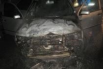 Požár auta ve Smržicích