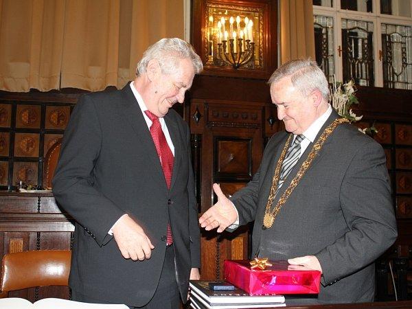 Prezident Miloš Zeman a primátor Prostějova Miroslav Pišťák