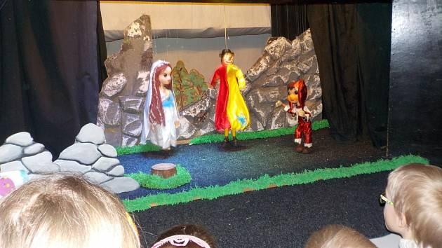 Loutkové divadlo Pronitka - představení Drak