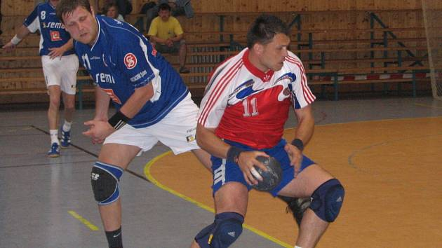 Nejlepší střelec Michal Jurík také dobře bránil.