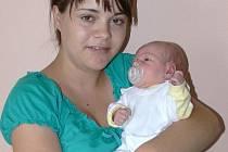 Eliška Staňková s maminkou Hanou, Jesenec, narozena 24. května, 49 cm, 3200 g