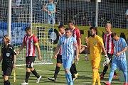 Fotbalisté Prostějova (v modrém) remizovali s Viktorií Žižkov 0:0