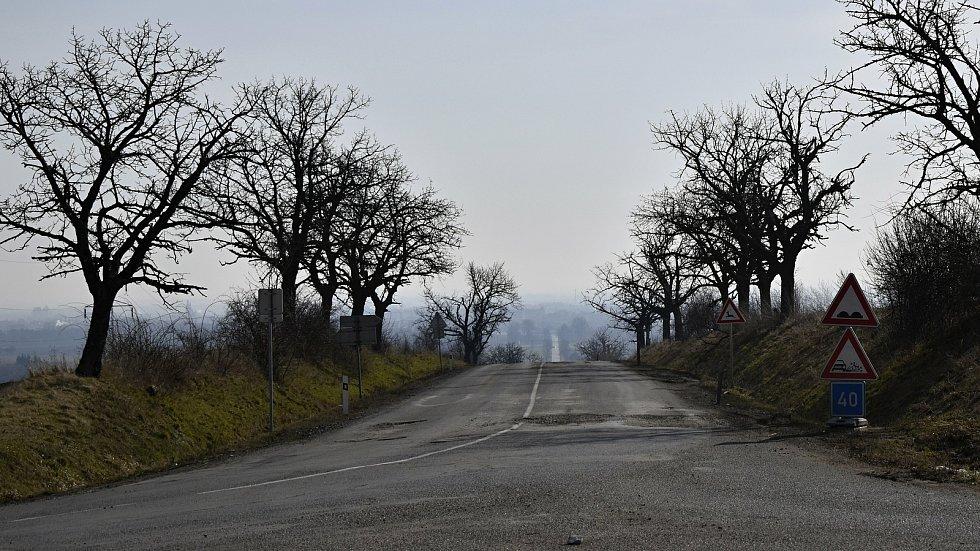 Tankodrom první kategorie. Silnice mezi Prostějovem a Ohrozimí. 9.3. 2021