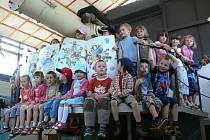 Děti z Mateřské školy Rumunská.