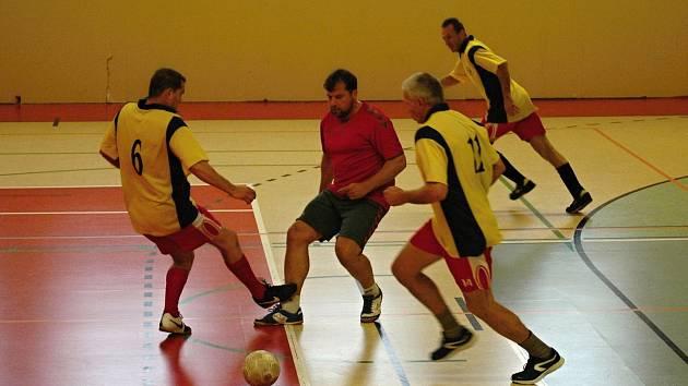 Úvodní turnaj Ligy veteránů se odehrál v neděli 26. listopadu v Němčicích nad Hanou