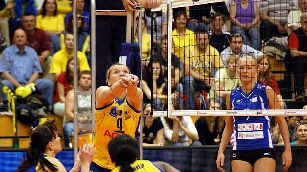 Prostějovské volejbalistky si poradily s Brnem, které na Hanou dorazilo s pouhými šesti hráčkami 3:0 na sety.