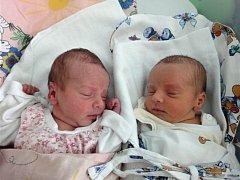 Sára a Sofie Žákovy, Prostějov, narozeny 18. října, 49 cm, 2300 g a 2290 g