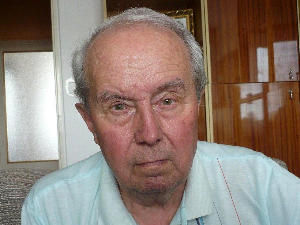 Legendární Vlastimil Zeman, když slavil 80. narozeniny