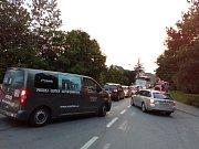 Dálnice D46 u Olšan u Prostějova v sobotu večer uzavřela demolice nadjezdu. V obci se tvořily kolony.