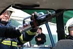Lidé v Malém Hradisku oslavovali s hasiči