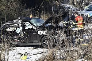 Srážka rychlíku s BMW na přejezdu v Prostějově, 15.2. 2021.