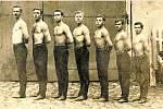 T.J. Sokol vřesovice v roce 1921. Družstvo mužů vřesovické jednoty. Zleva: V. Jančík, J. Kavan, J. Žitný, L. Vykopal, Jan Mlčoch, Josef Mlčoch a A. Hýbl.