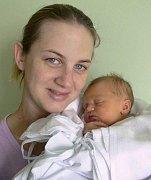 Laura Maksalon s maminkou Lucií, Vícov, narozena 14. prosince, 47 cm, 2900 g