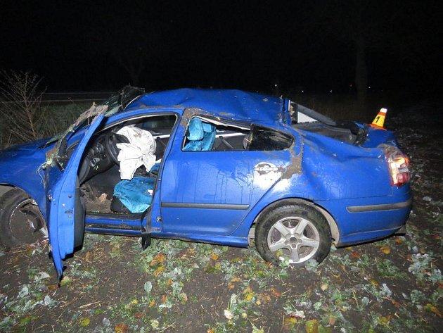 Nehoda opilého řidiče mezi Čehovicemi a Bedihoští