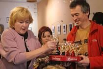 Deset let od založení stacionáře pro duševně nemocné zapili v Avatarce nealkoholickým vínem