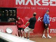 Závěrečný den prostějovského tenisové turnaje nabídl také exhibici zlatých olympioniků