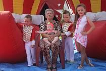 Cirkus Rudolf Berousek dorazil do Prostějova. Počínaje čtvrtkem začínají od osmnácti hodin představení, kde se představí hlavně artisté.