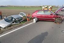 Nehoda na silnici mezi Bedihoští a Čehovicemi. Felicie vrazila do odstaveného peugeotu