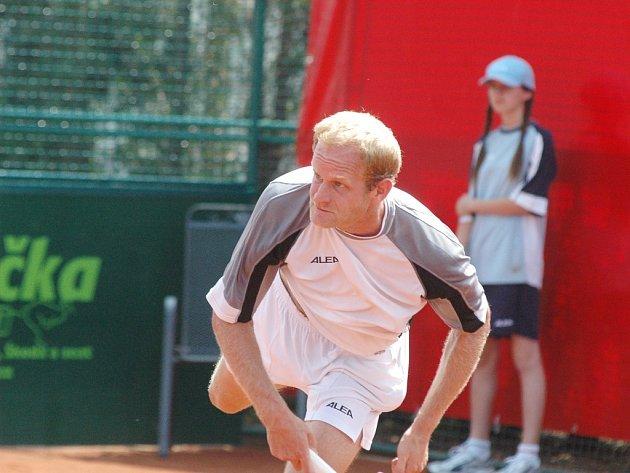 Bohdan Ulihrach jako jediný český tenista postoupil do semifinále prostějovského challengeru UniCredit Czech Open 2007.