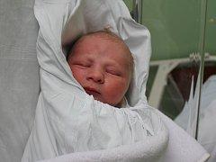 Dominik Stříž, Prostějov, narozen 31. prosince, 52 cm, 3850 g