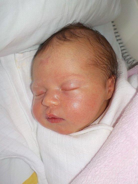 Amálie Piňosová, Alojzov, narozena 1. května 2021 v Prostějově, míra 51 cm, váha 3950 g